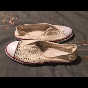 Woman's Mesh Slip On Converse Sneakers, Size 8